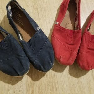 Toms red and navy canvas classic slip on shoes